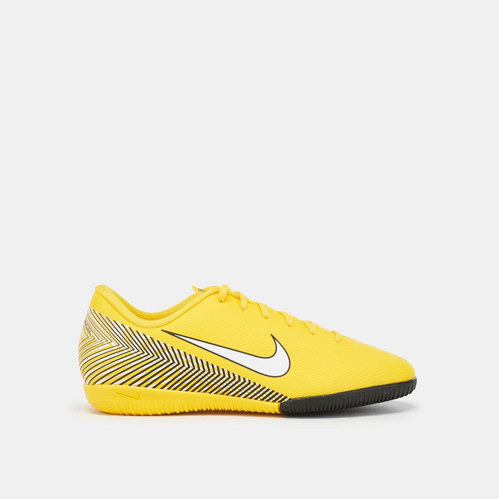Nike Kids' Mercurial VaporX 12 Academy Indoor Court Football Shoe (Older Kids)