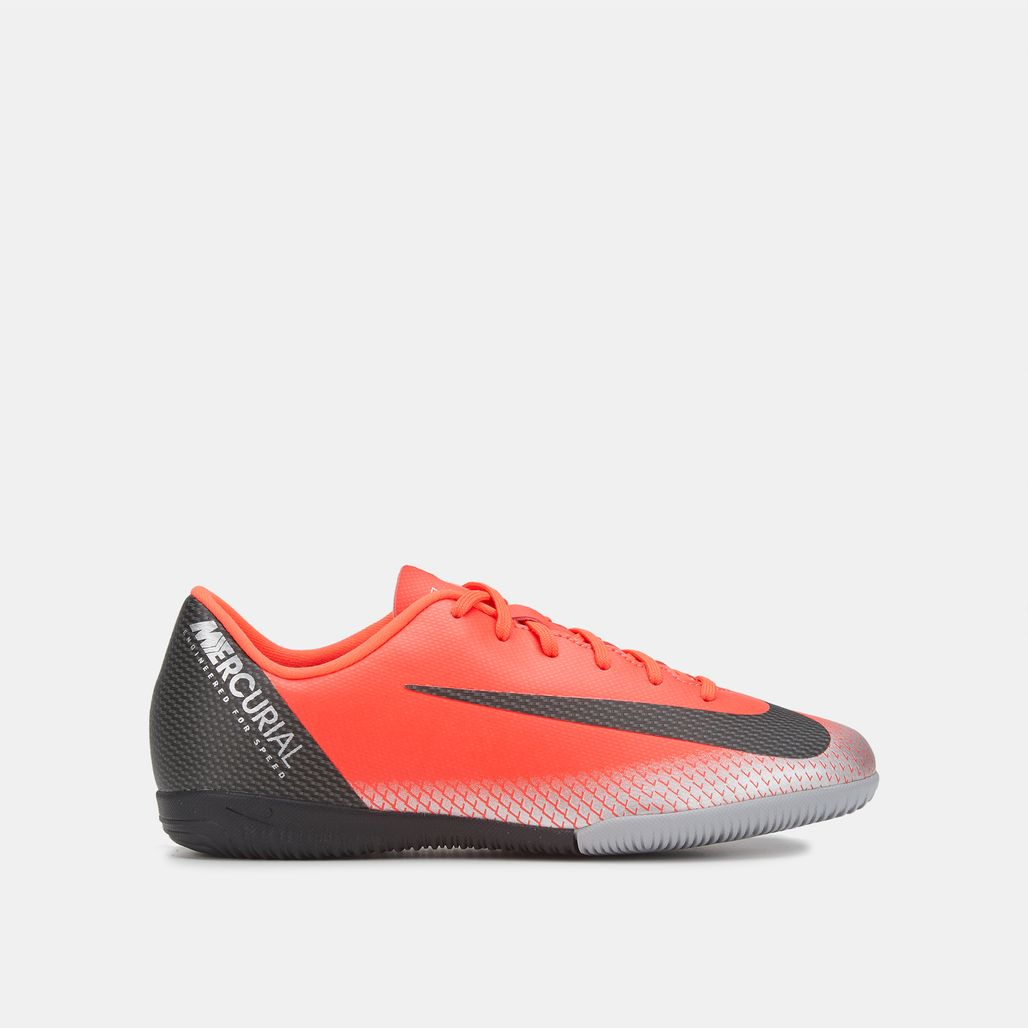 Nike Kids' CR7 VaporX 12 Academy Indoor Court Football Shoe (Older Kids)