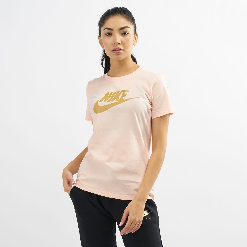 Nike Women's Sportswear Essential Icon Futura T-Shirt