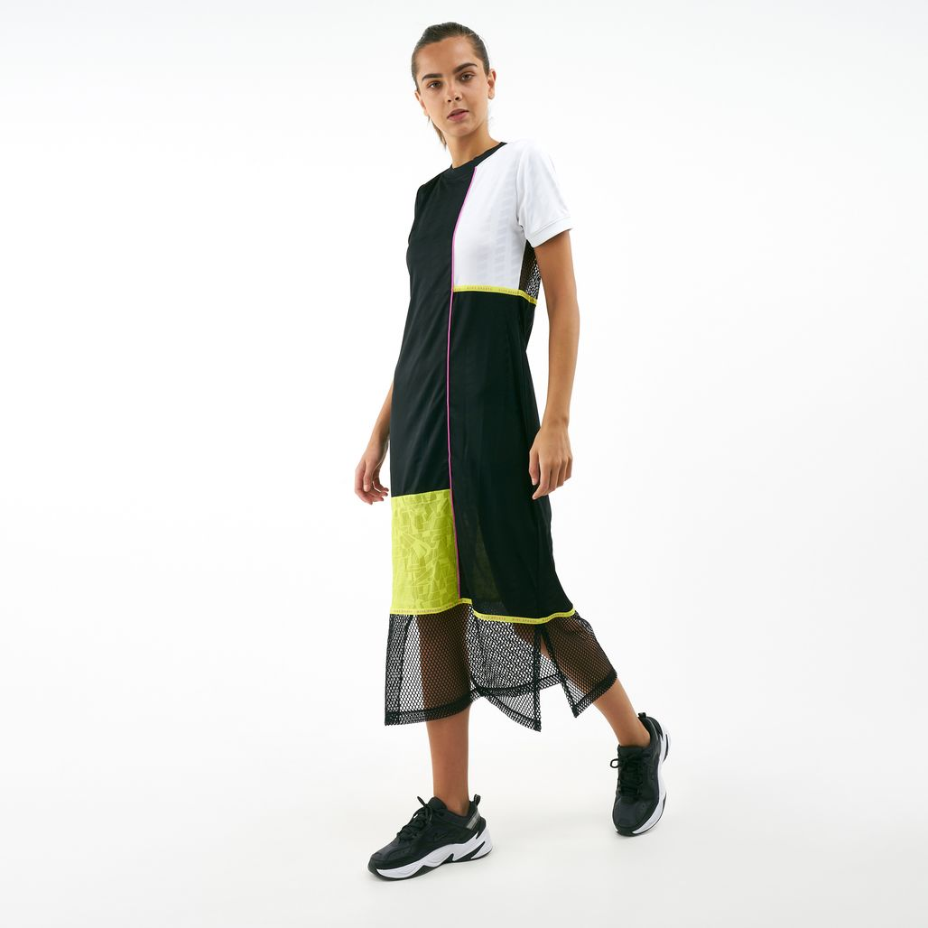 فستان سبوتسوير من نايك للنساء