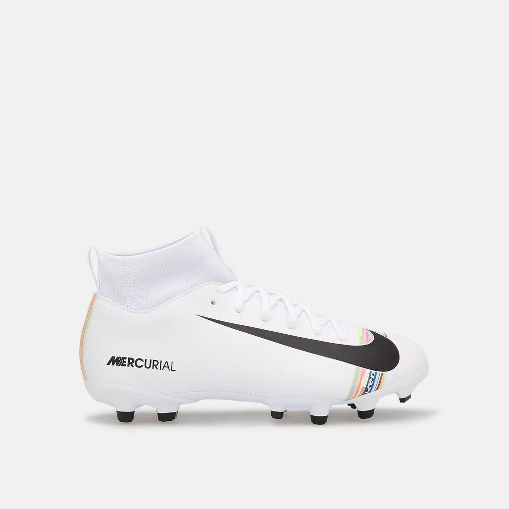 حذاء سوبرفلاي اكس 6 اكاديمي لفل-أب للملاعب المتعددة من نايك للاطفال الكبار
