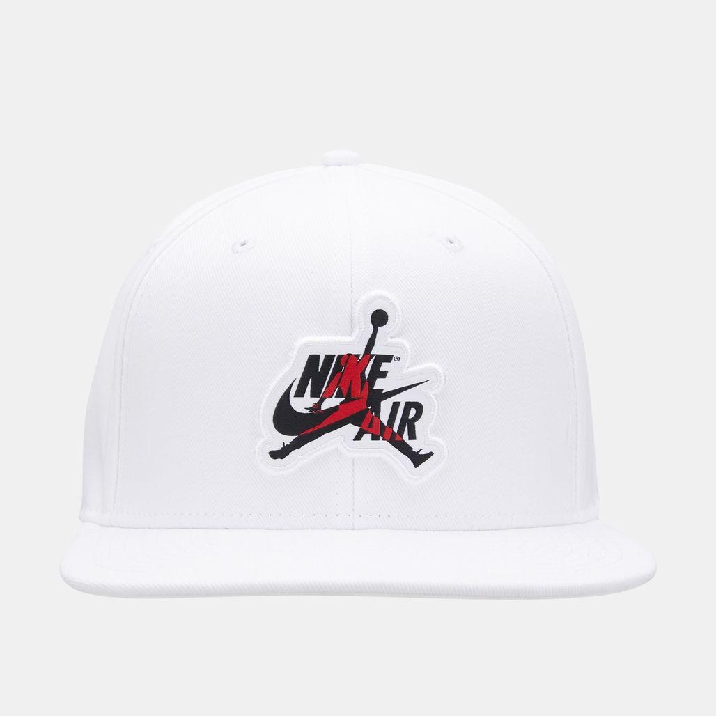 قبعة جوردن برو كلاسيكس من نايك للرجال - أبيض