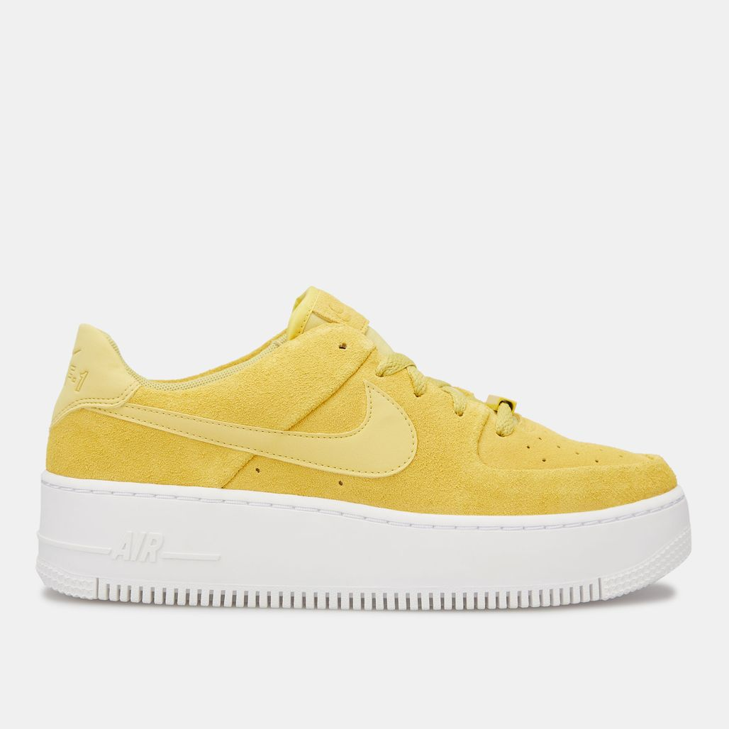 Nike Women's Air Force 1 Sage Low Shoe