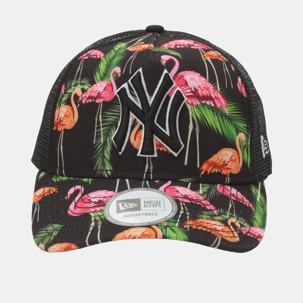 New Era Tropical Trucker NY Yankee Cap - Black