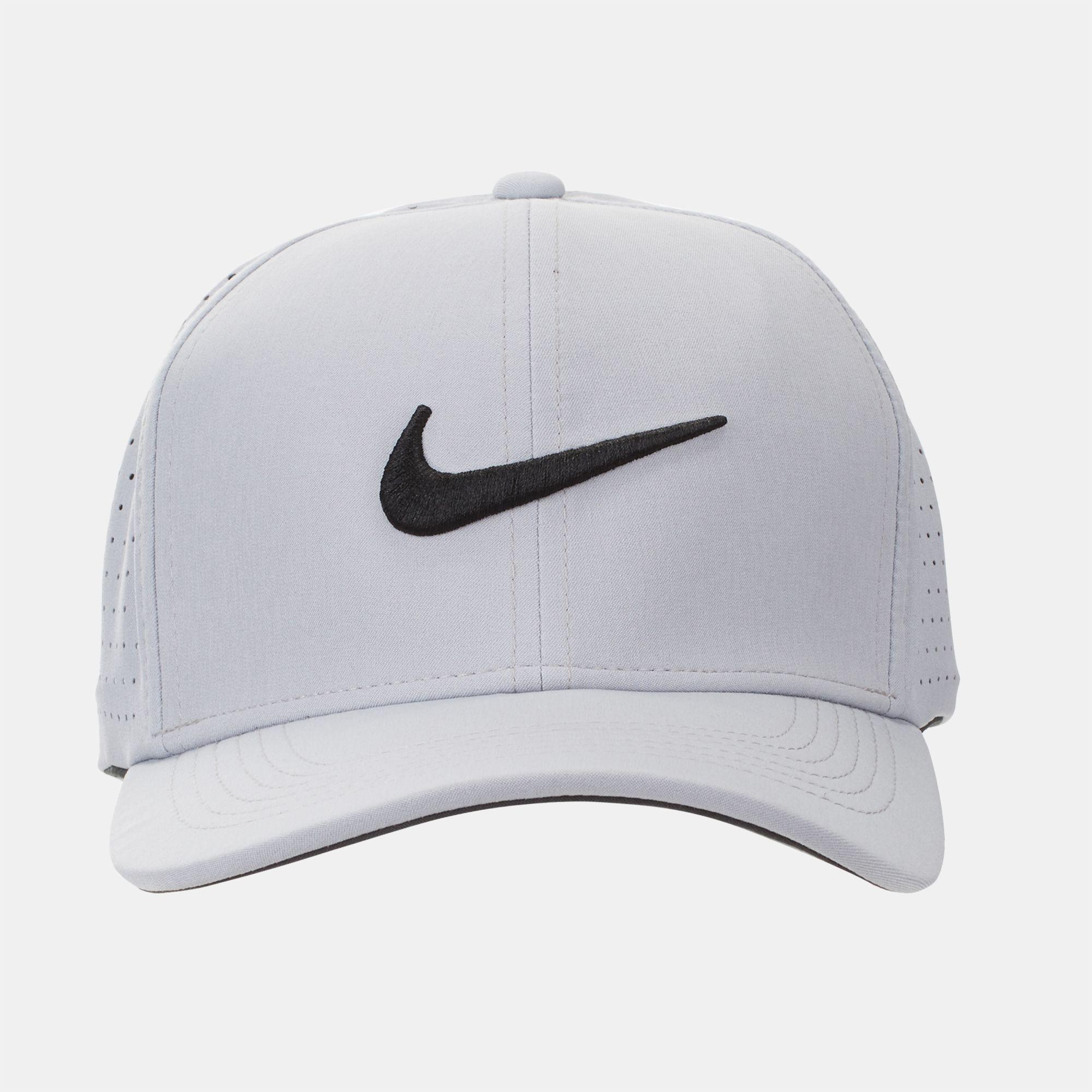 Nike Golf Classic 99 Fitted Cap  a21d0bdc508e