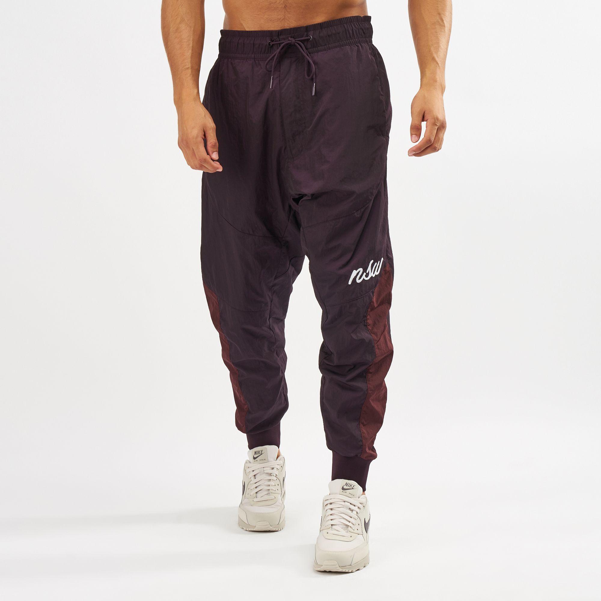 violencia avaro vistazo  Nike Sportswear Woven Joggers | Track Pants | Pants | Clothing ...