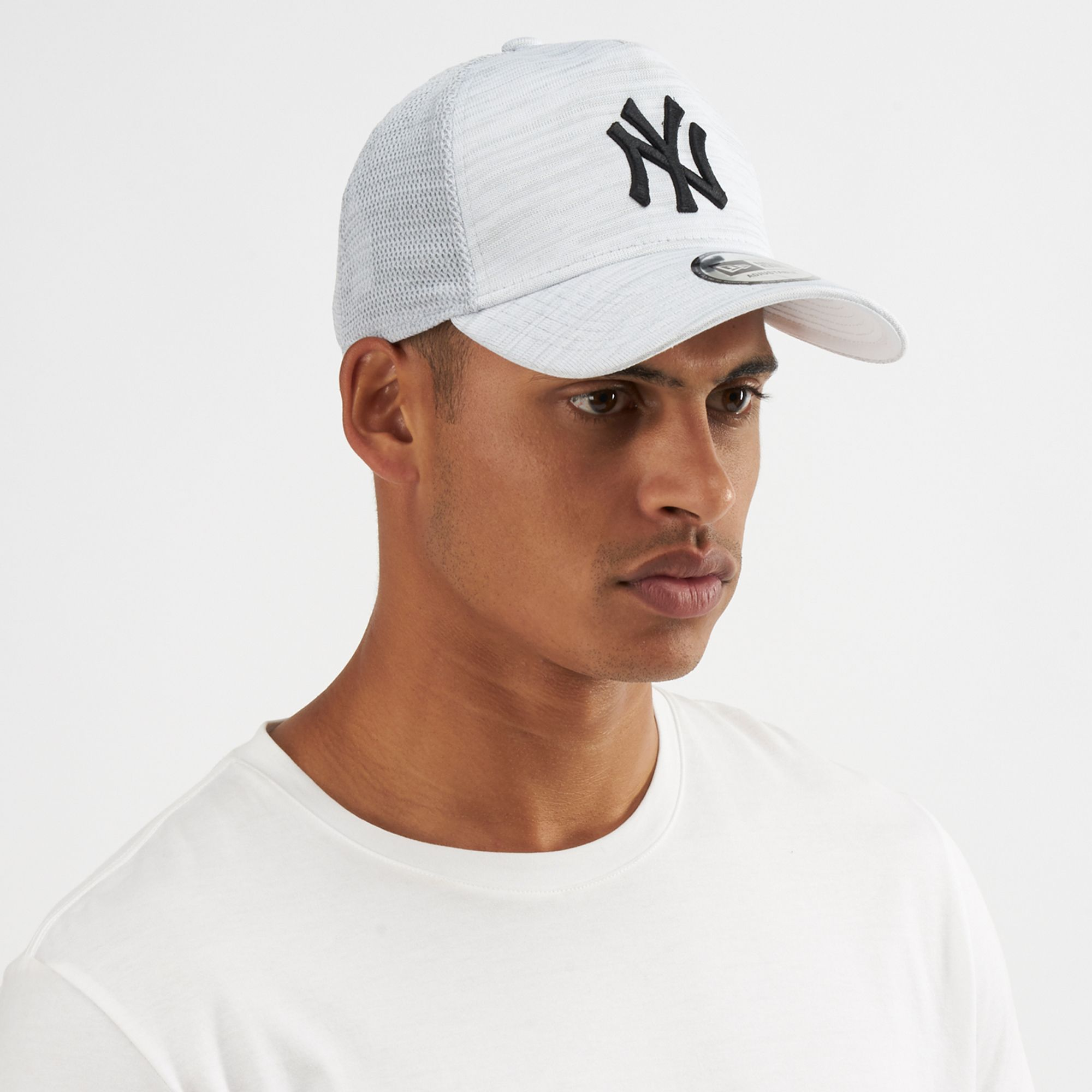 New Era MLB New York Yankees Engineered Fit 9FORTY Cap  e6bf00aa614