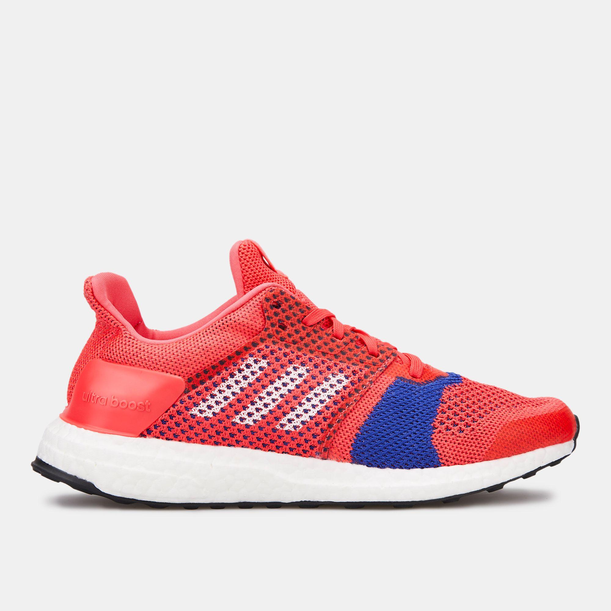 sports shoes 1abda 6515d adidas Women's UltraBoost ST Shoe