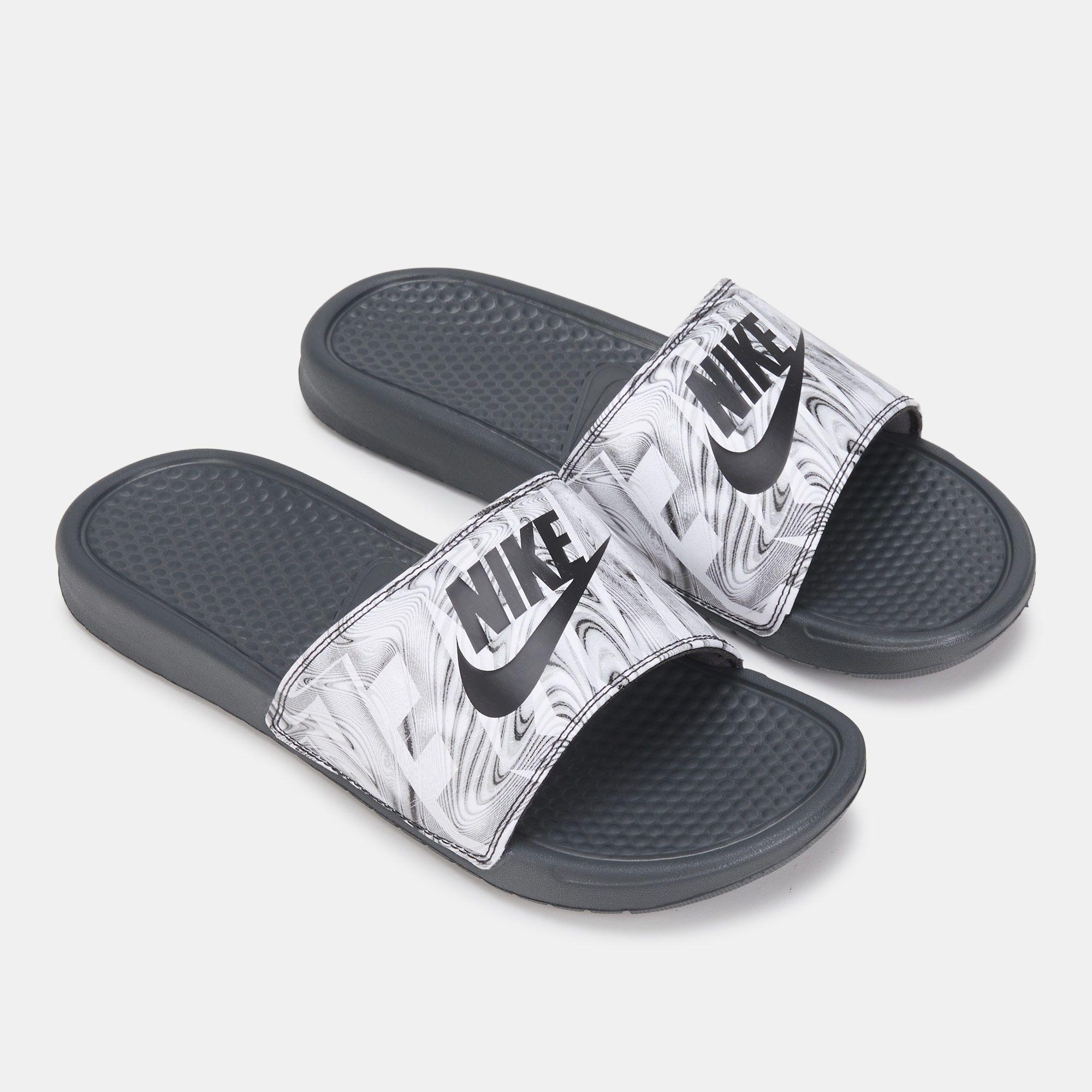 super popular f667f dd549 Nike Men s Benassi JDI Print Slides   Slides   Sandals and Flip ...
