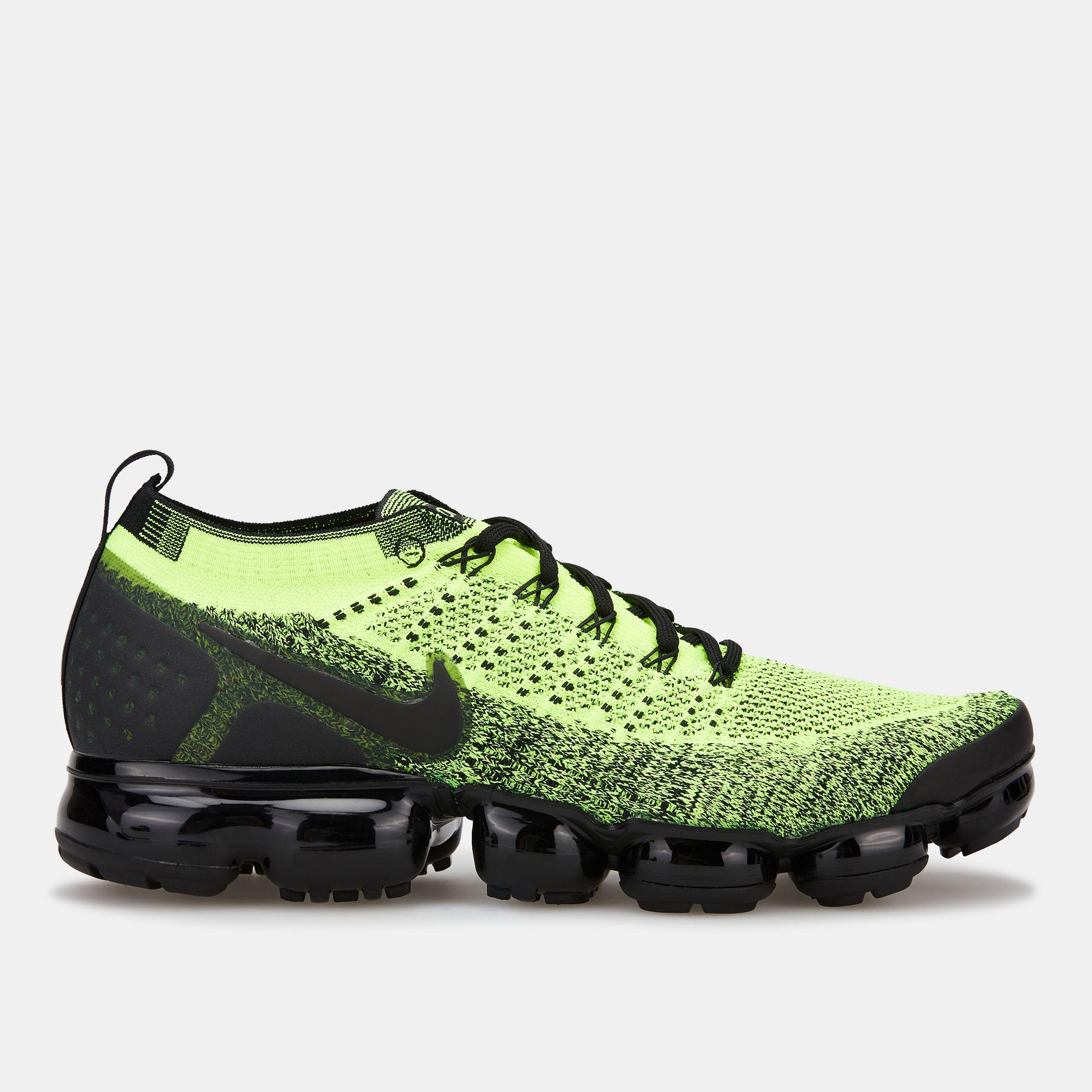 outlet store dee70 0826c Nike Air Men's VaporMax Flyknit 2 Shoe