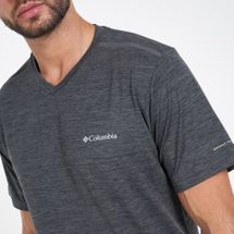 Columbia Men's Tech Trail™ II V Neck T-Shirt, 2091858