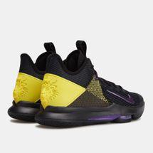 Nike Men's LeBron Witness IV Basketball Shoe, 2139528