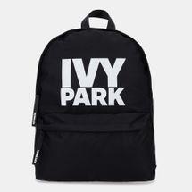 حقيبة الظهر ستاكد لوجو من IVY PARK للنساء