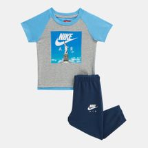 Nike Kids' Air Statue of Liberty T-Shirt and Sweatpants Set