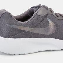 Nike Tanjun Shoe (Older Kids), 1208372