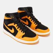 Jordan Air Jordan 1 Mid Shoe, 1210470