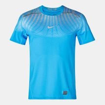Nike Hypercool Max Fitted Short Sleeve T-Shirt