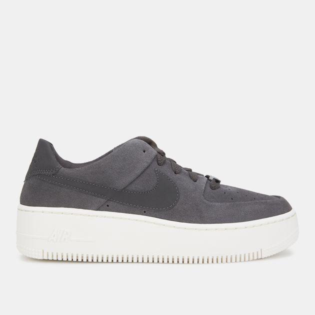quality design 0cf8b 0d4af Nike Air Force 1 Sage Low Shoe