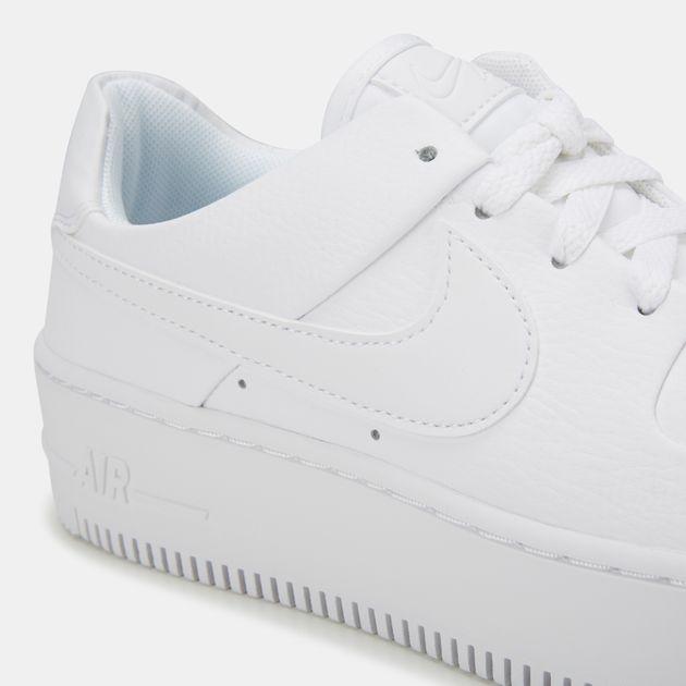 quality design 241c2 723a9 Nike Air Force 1 Sage Low Shoe