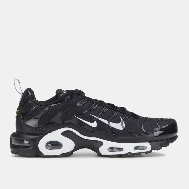 Air Max Plus Shoes. Nike AE