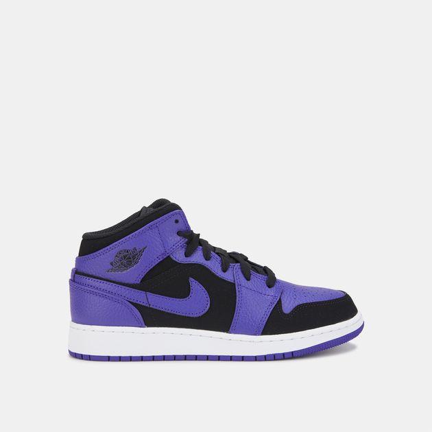 5caaaf17548 Jordan Kids  Air Jordan 1 Mid Shoe (Older Kids)