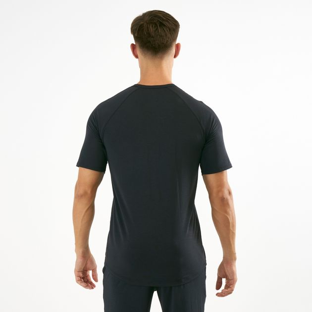 Under Armour Men s Athlete Recovery Sleepwear T-Shirt  98c55db8c