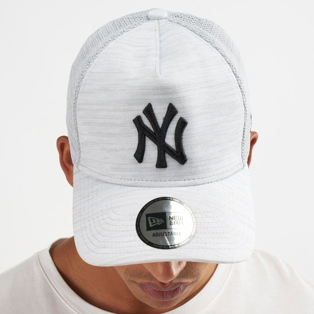 23f60449f98 New Era MLB New York Yankees Engineered Fit 9FORTY Cap - White