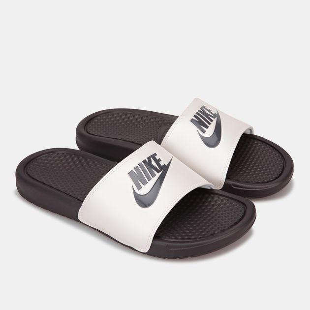 site réputé aa2fa 8d6e2 Nike Women's Benassi Just Do It Sandals