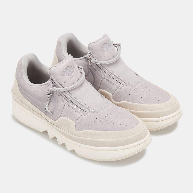 newest 5fe3a 10147 Nike Women's Air Jordan 1 Jester XX Low Top Shoe