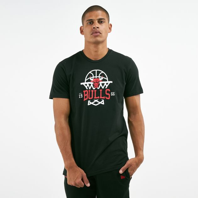 super popular ca035 9f92b New Era Men's NBA Chicago Bulls League Net Logo T-Shirt