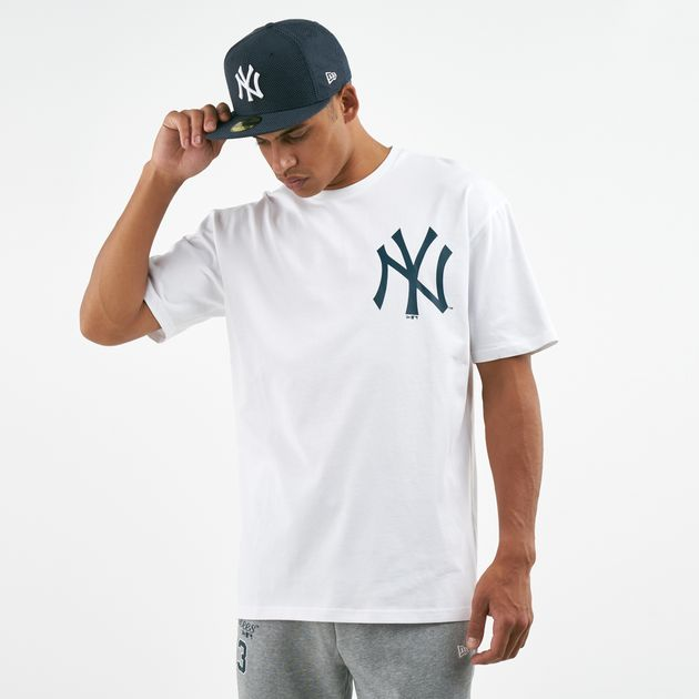 c9423e381 New Era Men's MLB New York Yankees Oversized T-Shirt | T-Shirts ...