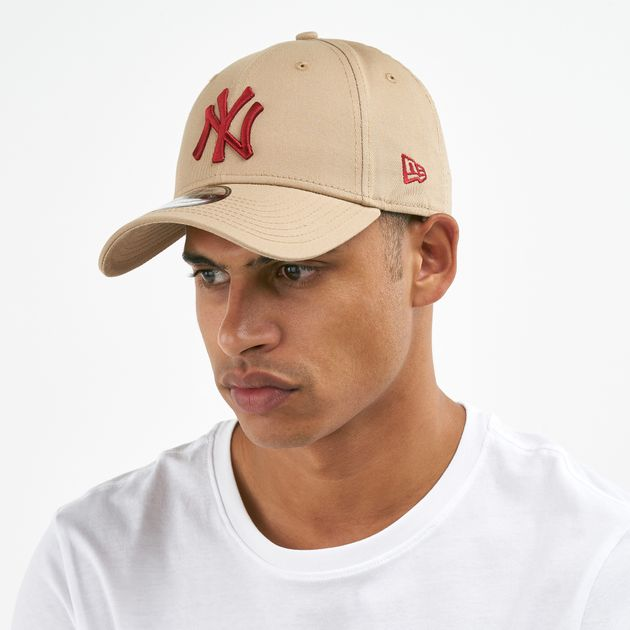 5e7da6dca54 New Era Men s MLB New York Yankees League Essential 9FORTY Cap - Beige