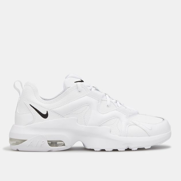 Nike Men's Air Max Graviton Leather Shoe