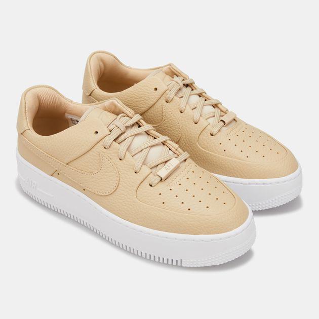 half off 17d33 1234f Nike Women's Air Force 1 Sage Low 2 Shoe
