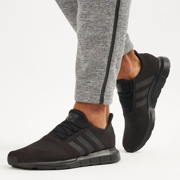 d7d4f6a5a adidas Originals Men s Swift Run Shoe