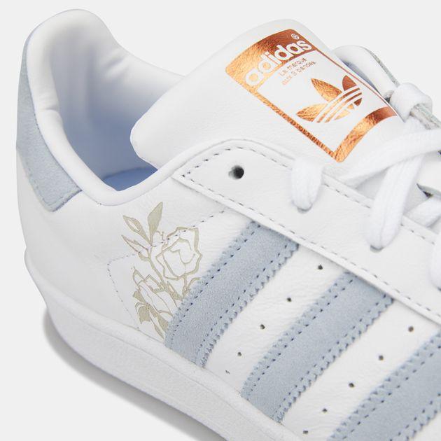 cheaper e63b3 b2096 adidas Originals Women's Superstar Shoe