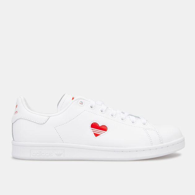 sale retailer 3391f 3cfb0 adidas Originals Women's Stan Smith Shoe
