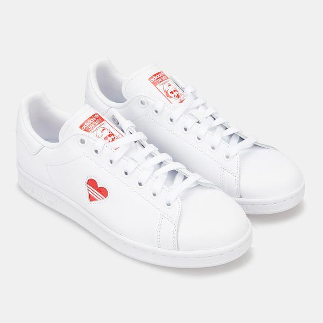 sale retailer cfe14 35f39 adidas Originals Women's Stan Smith Shoe