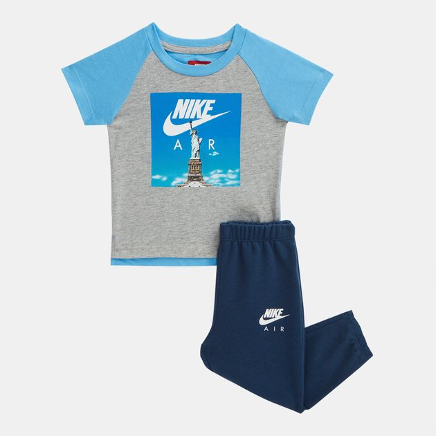 a3415155d Nike Kids' Air Statue of Liberty T-Shirt and Sweatpants Set (Baby and