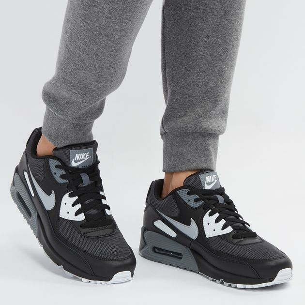 Nike Air Max 90 Essential Shoe   Sneakers   Shoes   Sports