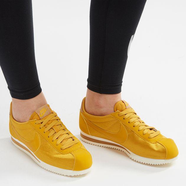 the best attitude f300f b2c83 Nike Classic Cortez Nylon Shoe, 1077760