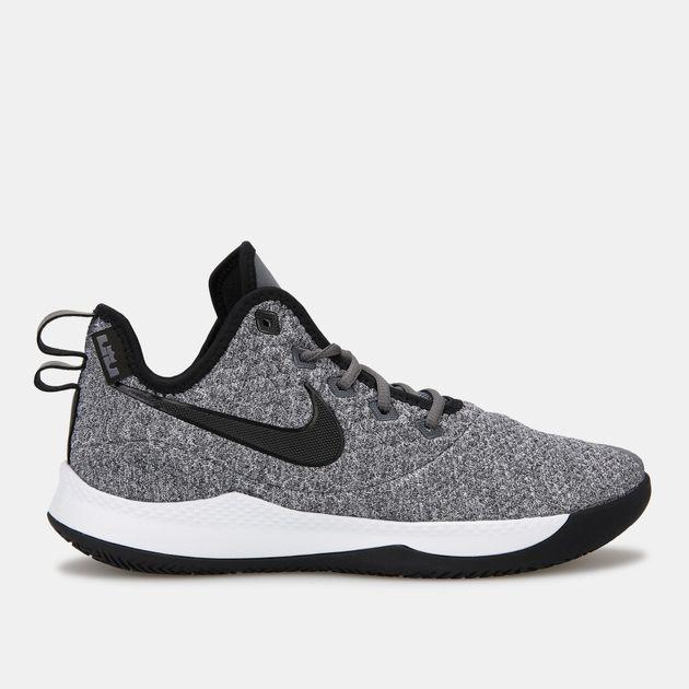 ba095a84f9ec Nike Men s LeBron Witness 3 Shoe