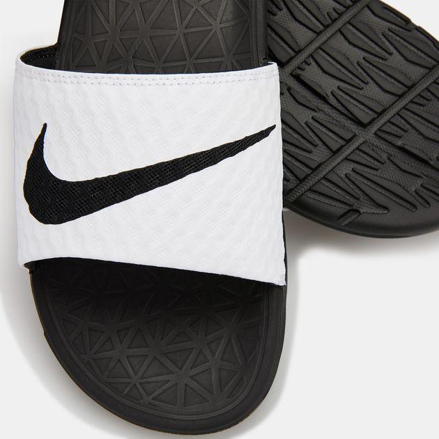 c102c425af67 Nike Men s Benassi Solarsoft 2 Slides