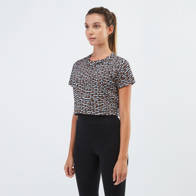 Nike Sportswear All Over Print Just Do It Crop Top