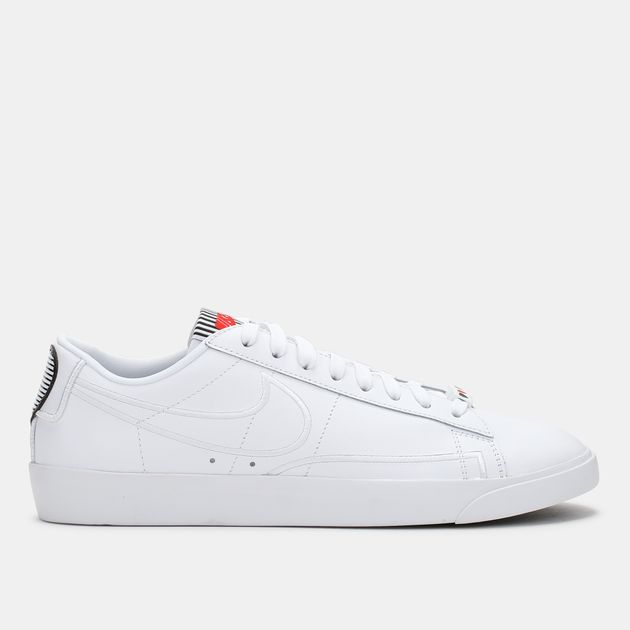 new style e0d7f a5e8e Nike Blazer Low LX Shoe Valentines Day Pack, 978929