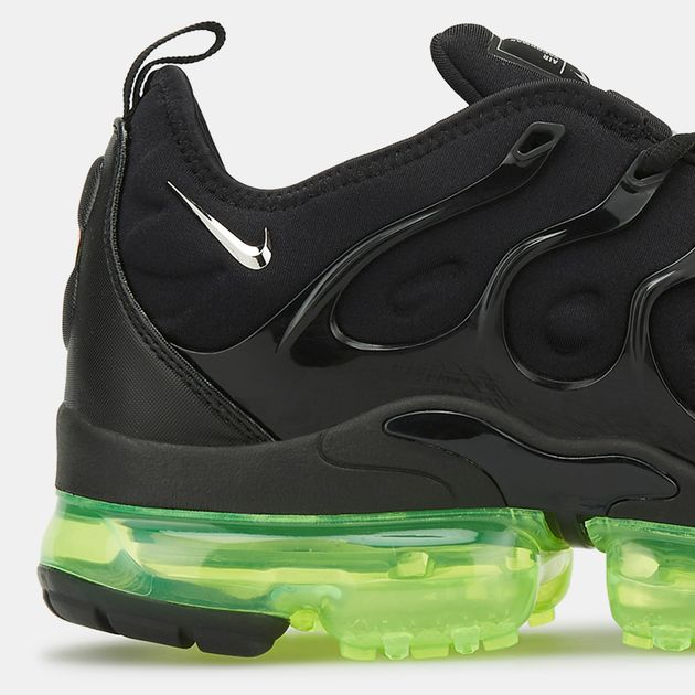 premium selection e0dbb 56e7a Nike Men's Air VaporMax Plus Shoe