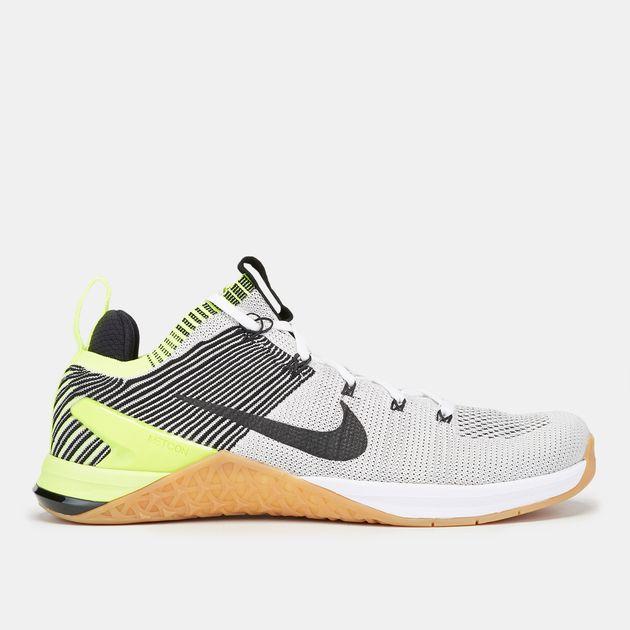4028a163fcca Shop White Nike Metcon DSX Flyknit 2 Shoe