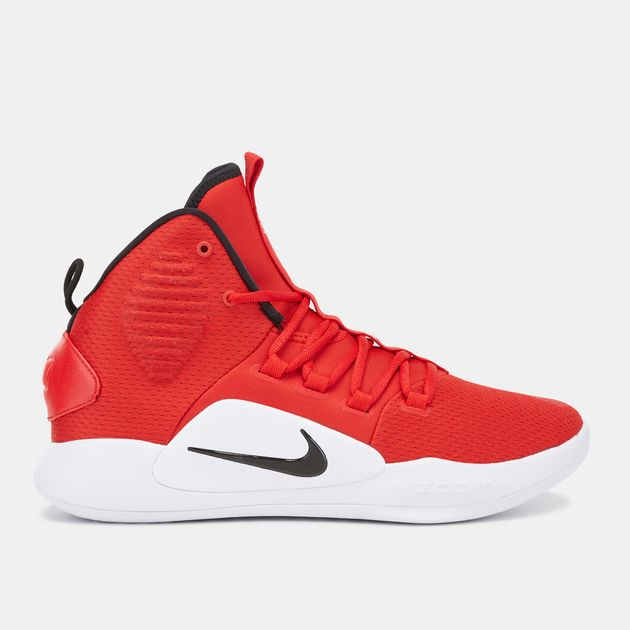 b7565cad608 Nike Hyperdunk X Low Basketball Shoe