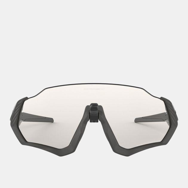 c81a7b1f9 نظارات شمسية فلايت جاكيت فوتوكروميك من اوكلي | تخفيضات نظارات شمسية ...