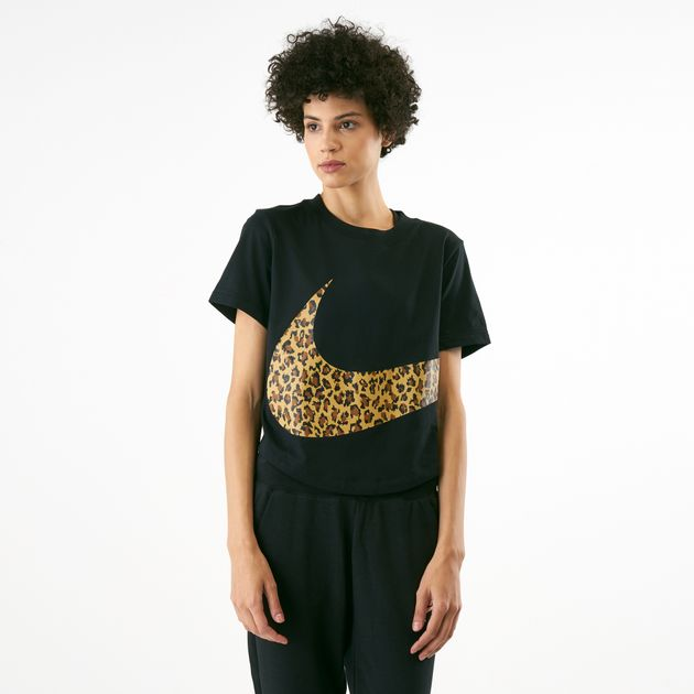 hot sale online d7e68 4cc5e Nike Womens Sportswear Cropped Animal Print T-Shirt, 1516456